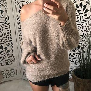 Sweaters - GEMMYE Soft Touch Fuzzy Sweater